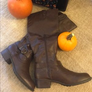 Ladies Brown Knee Riding Boots